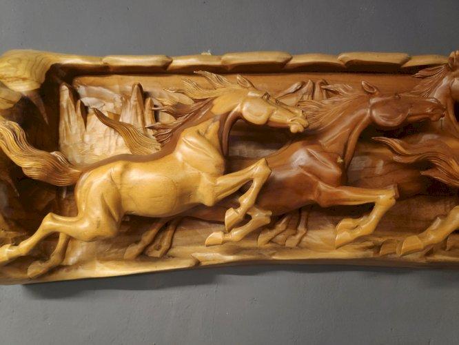 Ukiran Relief 3D Kuda Lari