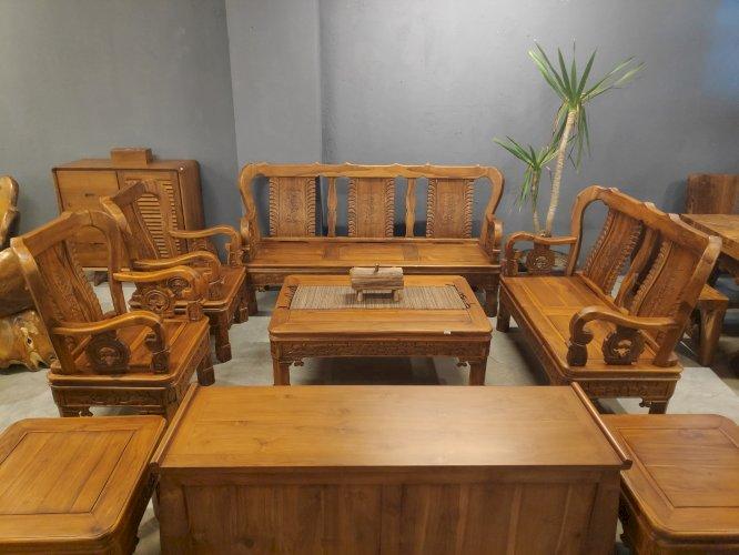 Sofa Jati Ukir  3+2+1+1 + Meja Tengah + Meja Sudut